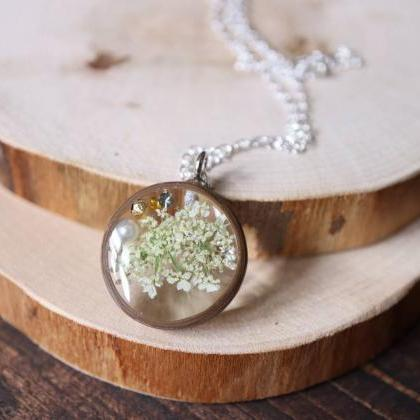 Queen Anne's Lace Necklace / Real F..