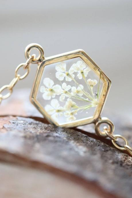 White Queen Anne's Lace Bracelet / Preserved Flower Jewelry / 14K Gold Filled Chain / Gift For Her