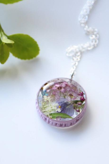 Sweetmeadow Necklace / Preserved Flower Jewelry / Gift For Her / 925 Sterling Silver Necklace