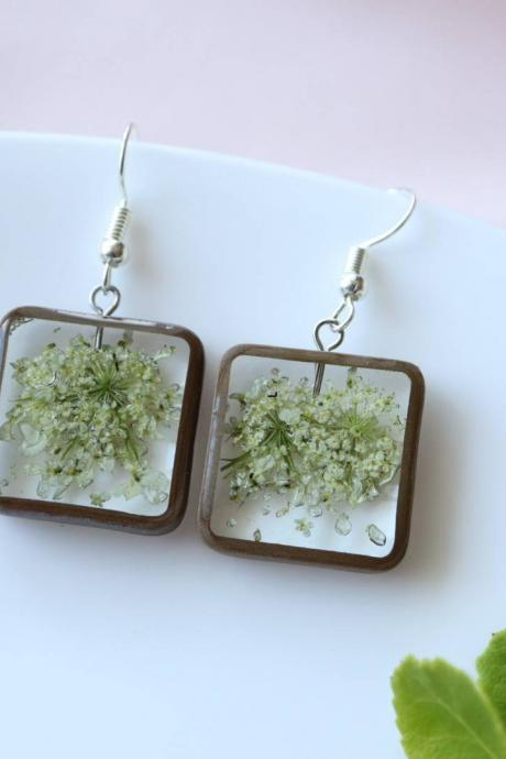 Queen Anne's Lace Earrings / Dainty Gifts For Her / Handmade Resin Jewelry / Botanical Jewelry
