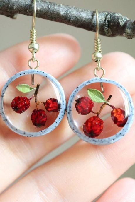 Real Wildberry Earrings / Lovely Gifts For Her / Handmade Resin Jewelry / Terrarium Jewelry