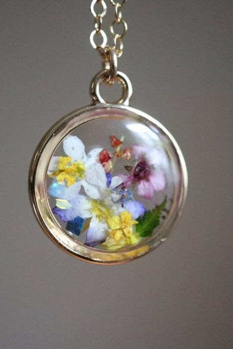 Assorted Wildflower Necklace / Botanical Jewelry / Gift For Her / 14k Gold Filled Chain