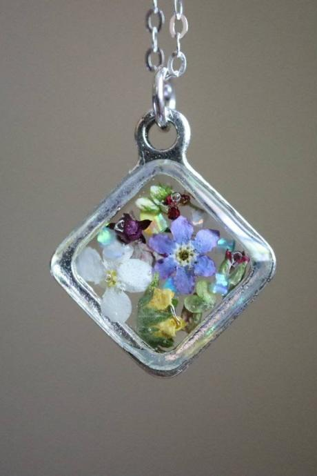 Assorted Wildflower Necklace / Dainty Nature Jewelry / Adorable Gift / Sterling Silver Chain