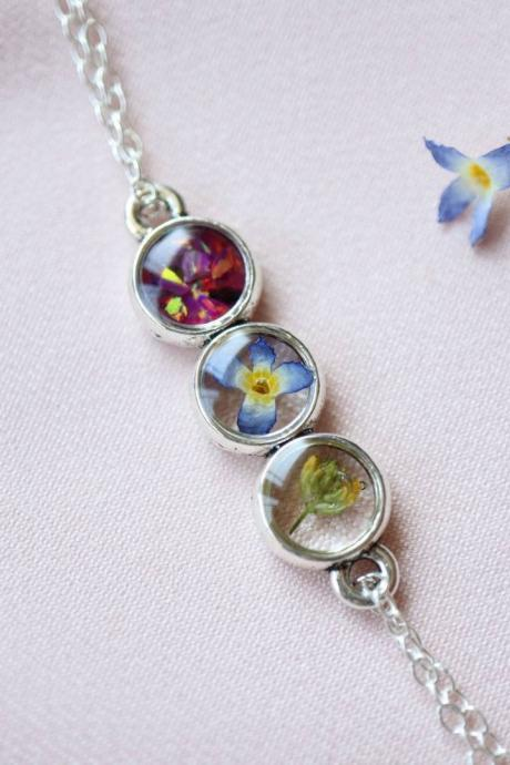Dainty Wildflower Bracelet / 925 Sterling Silver Chain / Opal Bracelet / Nature Jewelry