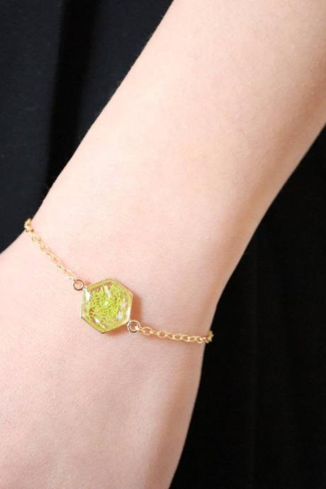 Real Moss Bracelet / Earthy Jewelry / Gold Filled Bracelet / Resin Jewelry